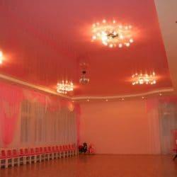Глянцевый натяжной потолок - галерея работ Строй Комфорт
