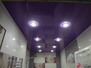 Глянцевый фиолетовый натяжной потолок - галерея Строй Комфорт