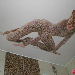 Натяжной потолок с фотопечатью Женщина-леопард - галерея Строй Комфорт