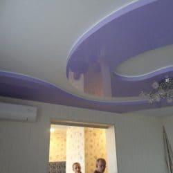 Многоуровневый натяжной потолок с узором - галерея Строй Комфорт