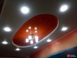 Овальный красный натяжной потолок - галерея работ Строй Комфорт