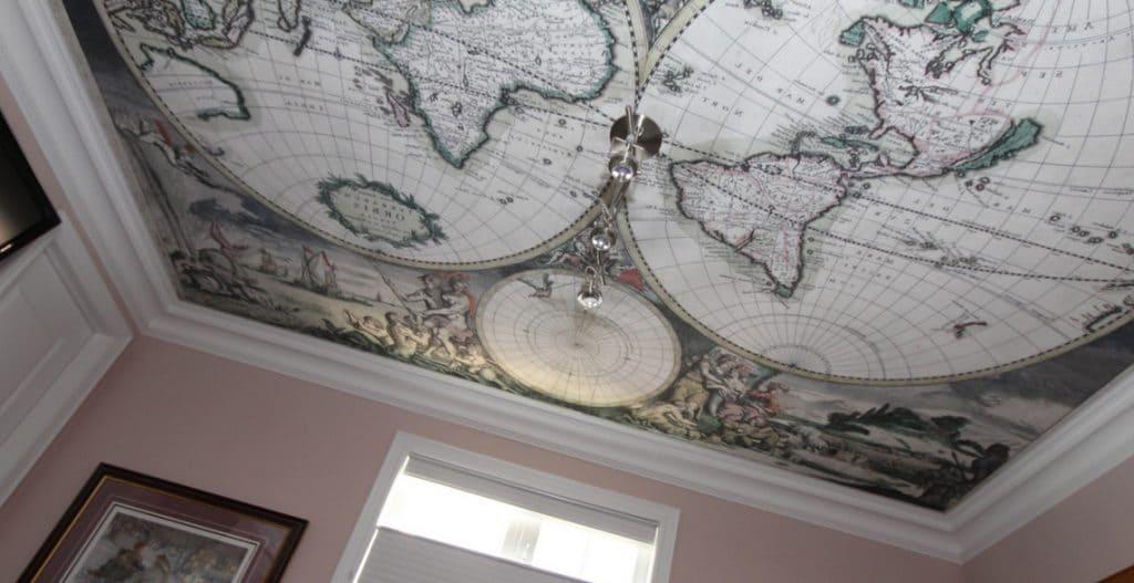 Натяжной потолок из ткани Карта мира